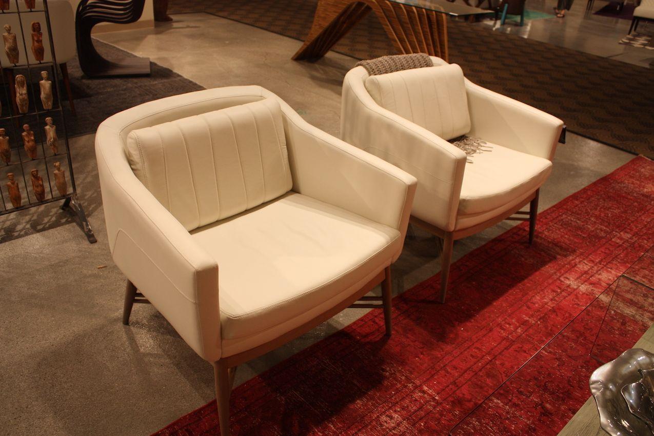 roberta-schilling-white-armchairs
