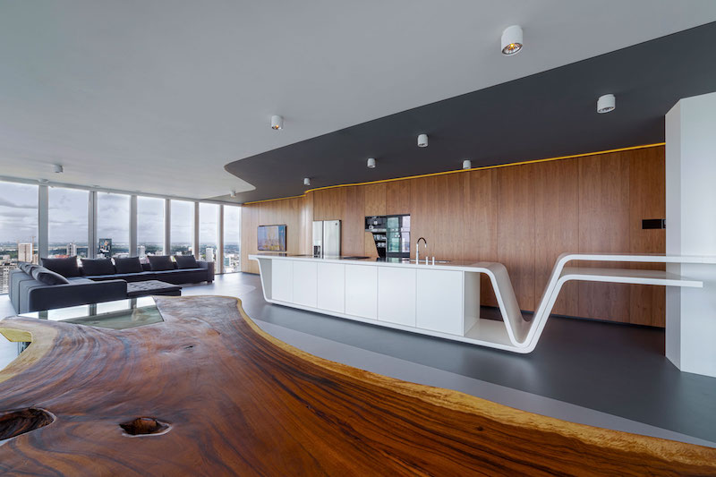 rotterdam-penthouse-live-edge-dining-table