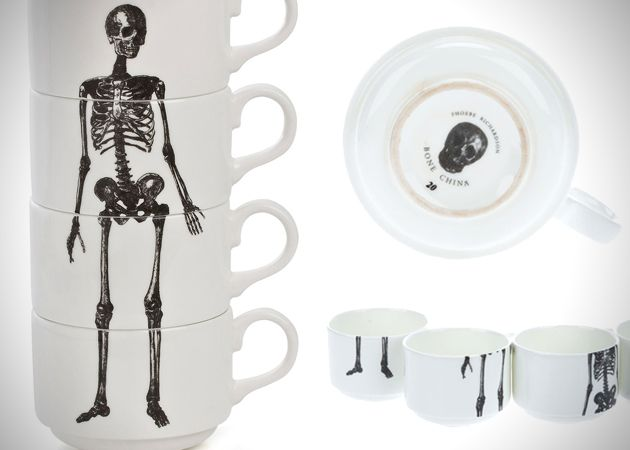 Skeleton Kaffeetasse-Stapel
