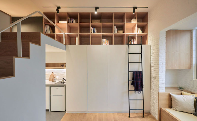 Small apartment loft in Taipei shelves under the ceiling
