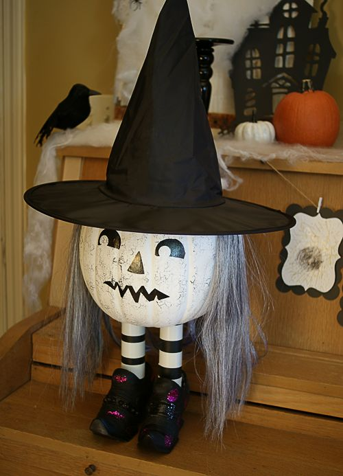 stairs-pumpkin-witch-decor