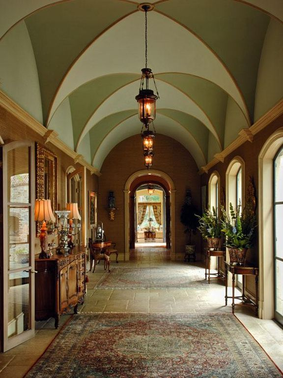 Traditional House Hallway With Vaulted Ceiling