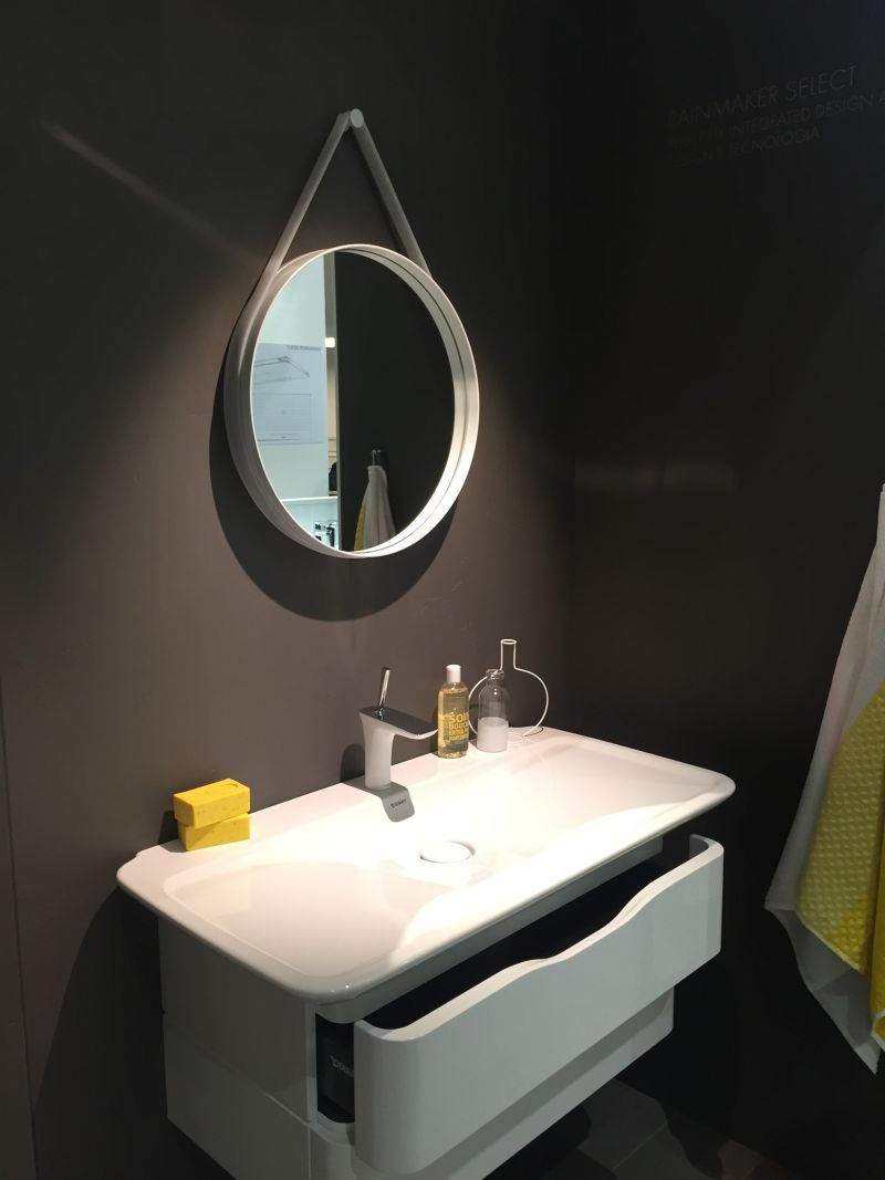 true-yellow-bathroom-design