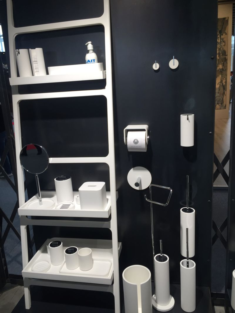 White and contemporary bathroom accessories set