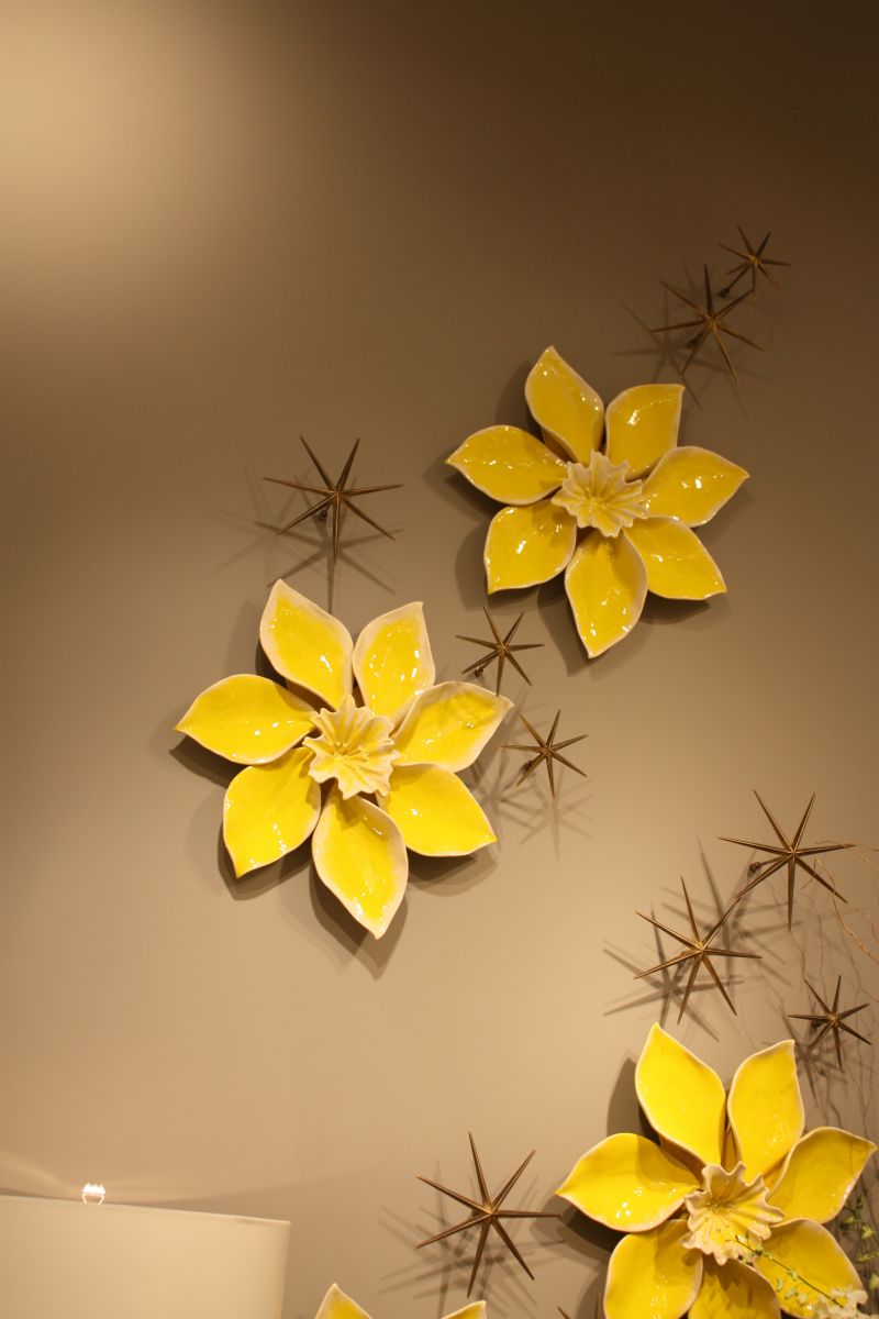 yellow-porcelain-flowers
