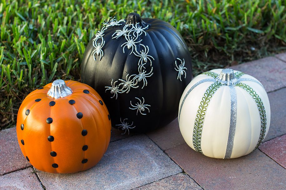 110 Pumpkin Decorating Ideas For An Awesome Halloween: easy pumpkin painting patterns