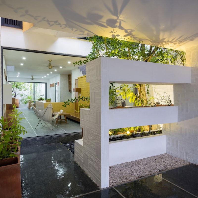 Can Tho House vertical garden divider