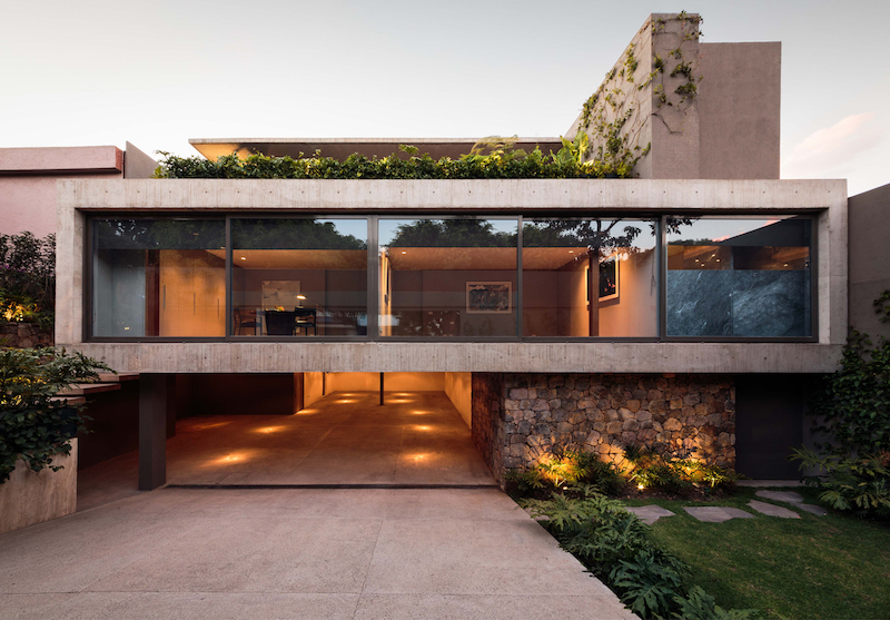 Caucaso House glass facade