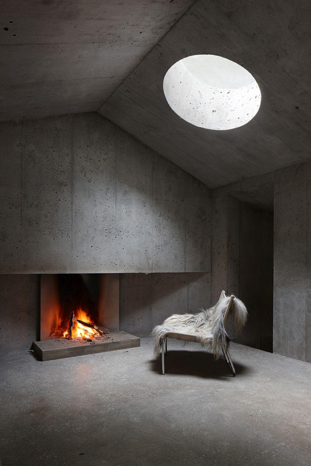 Concrete Refugi Lieptgas Fireplace