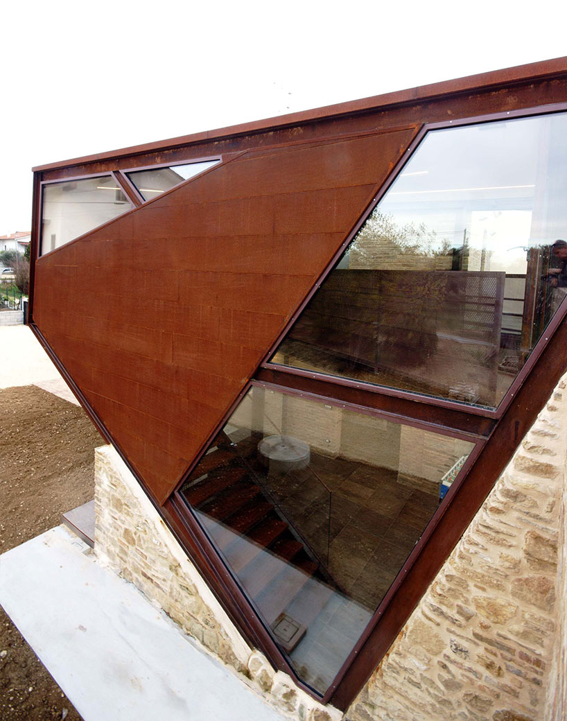 Corten Building extension closer look