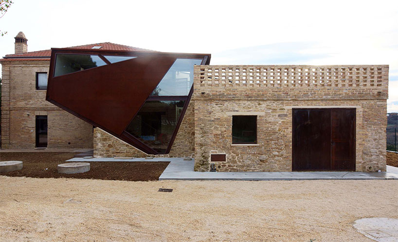 Corten Building extension