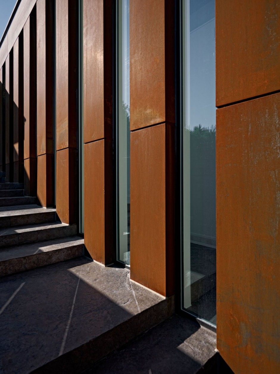 Corten facade on Private Residence Wall Design
