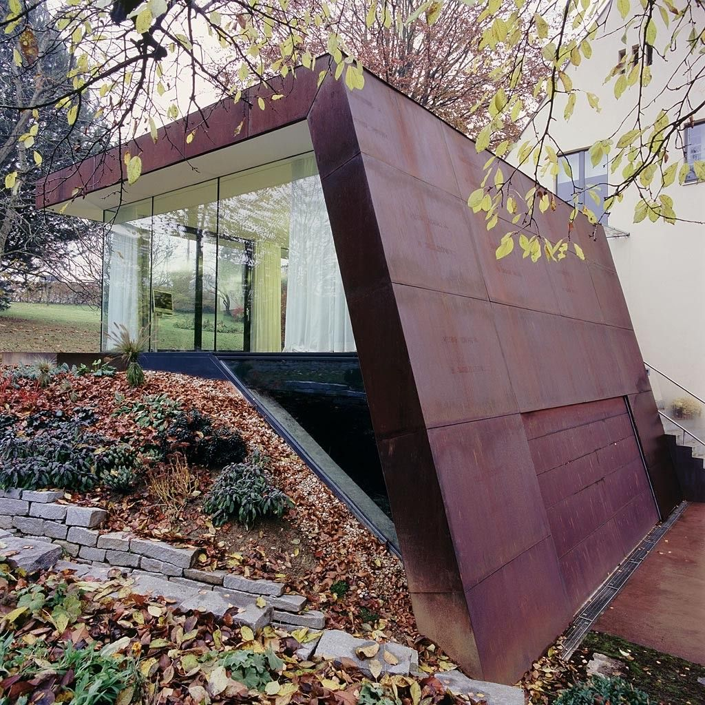 Corten house by x Architekten in Linz Extension