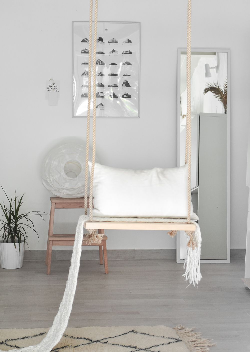 DIY Dreamy Indoor Swing Hang