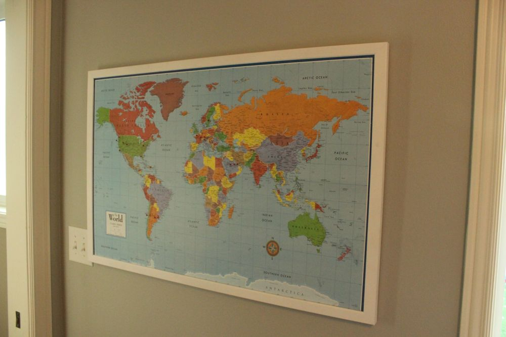 DIY Framed Map Corkboard - Hang up your DIY framed