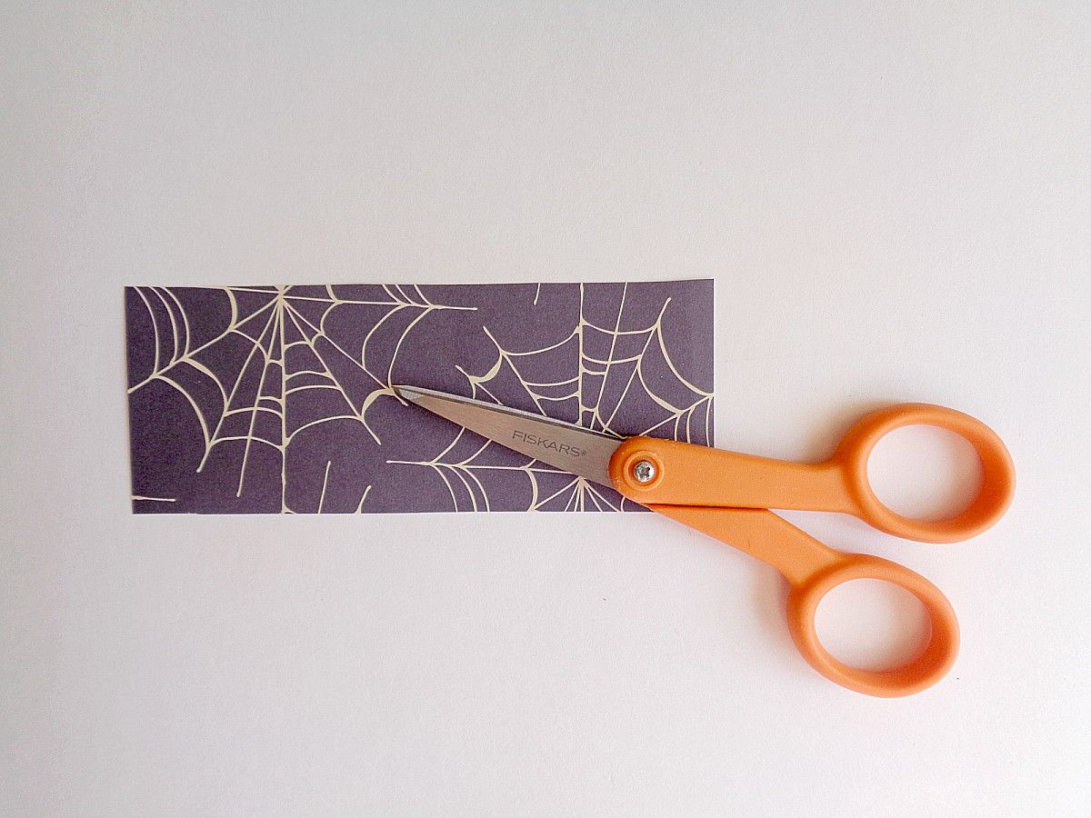 DIY Halloween Wire Word Block Art - Cut the scrapbooking