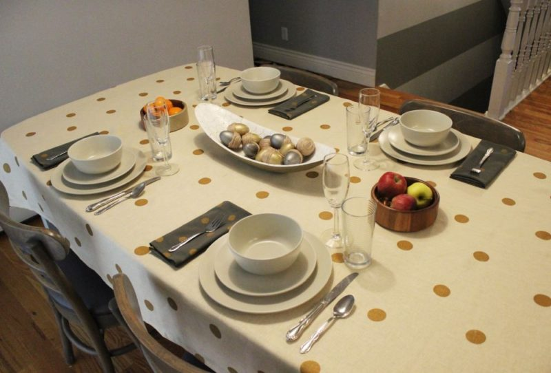DIY Thanksgiving Tablecloth With Polka Dot Pattern