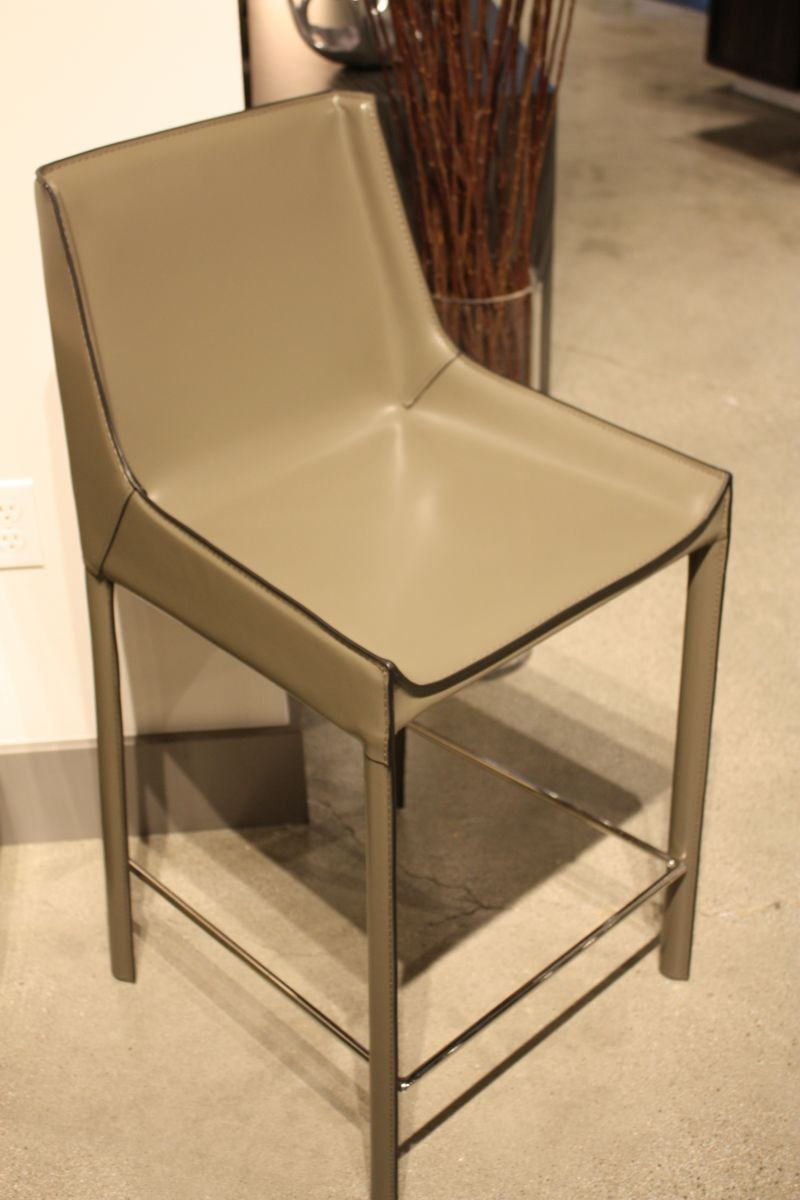 Faux leather bar chair
