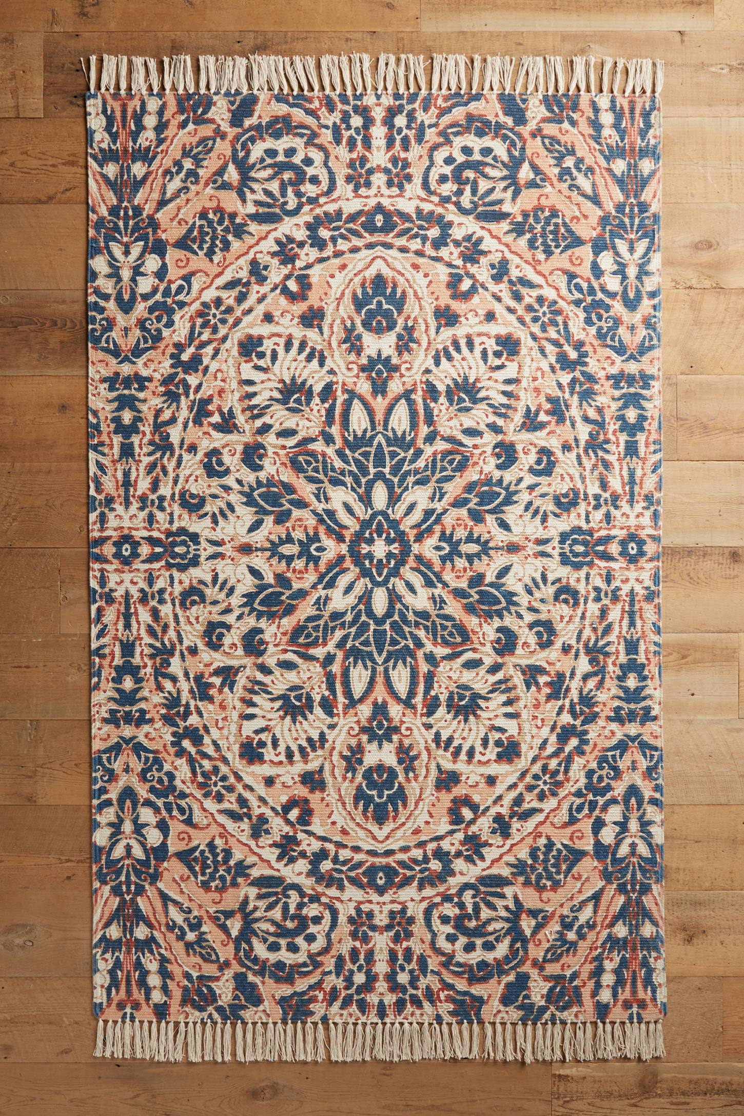 15 best rugs for your dark wood floors for Rugs for dark floors