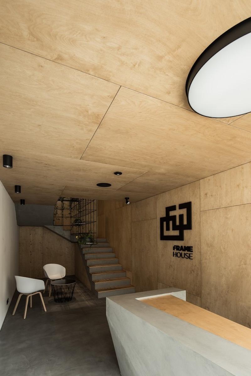 Framehouse office concrete desk