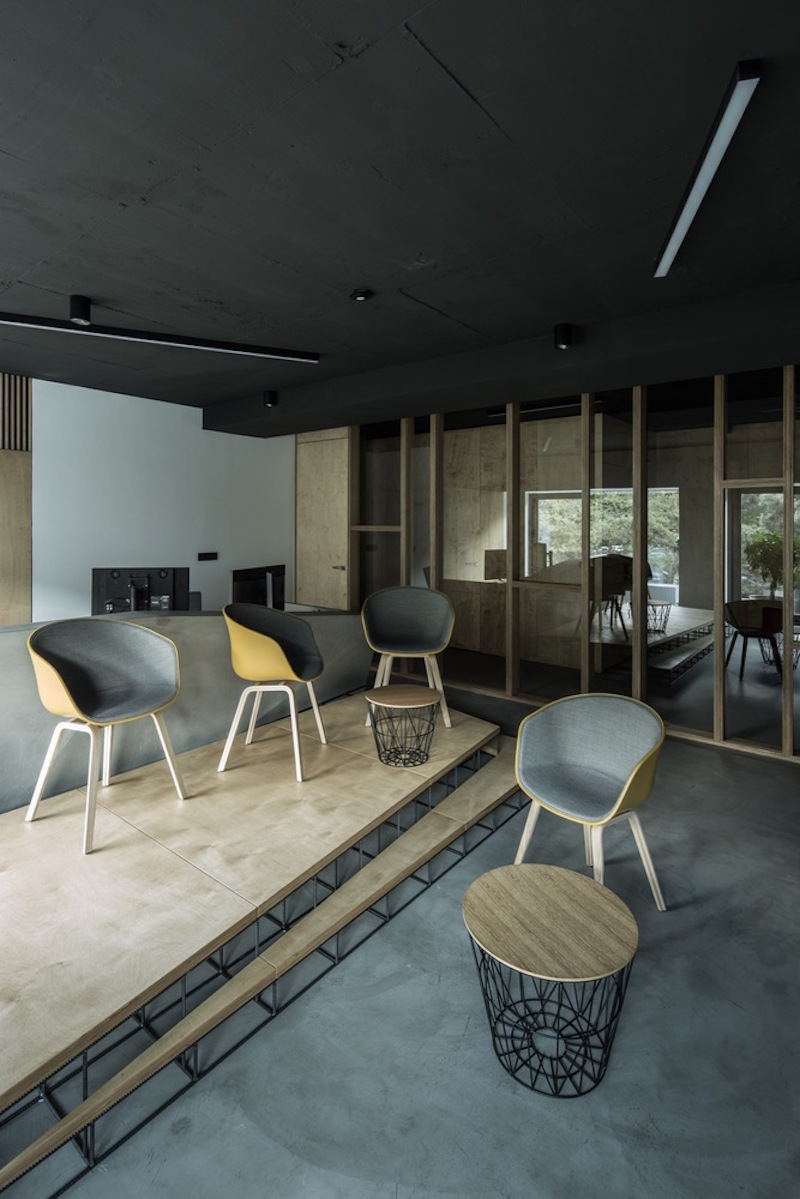 Framehouse office lounge
