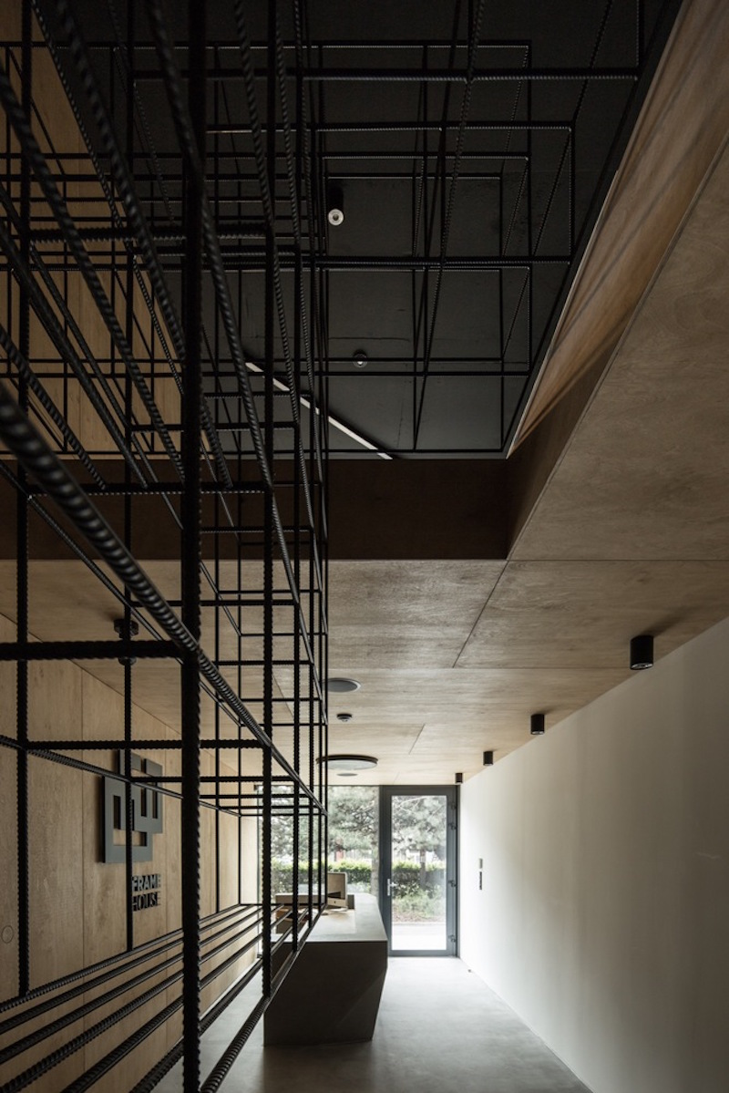 Framehouse office staircase structure