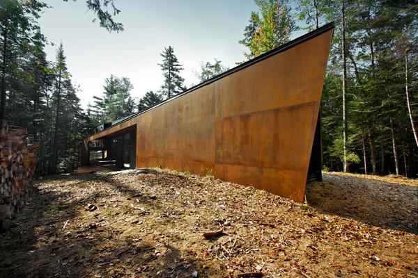 Geometric corten house
