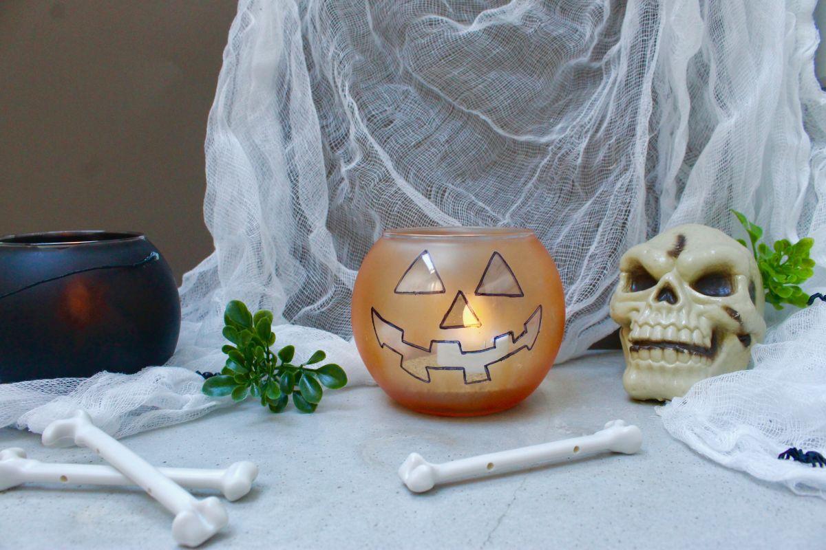 Halloween Jack-O-Lantern and Cauldron Candle Holders