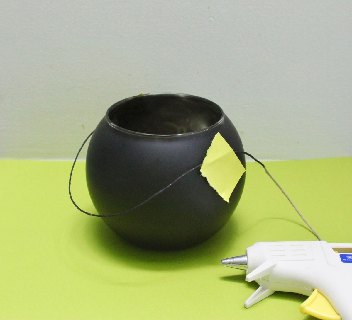 How to make the Cauldron candle glue