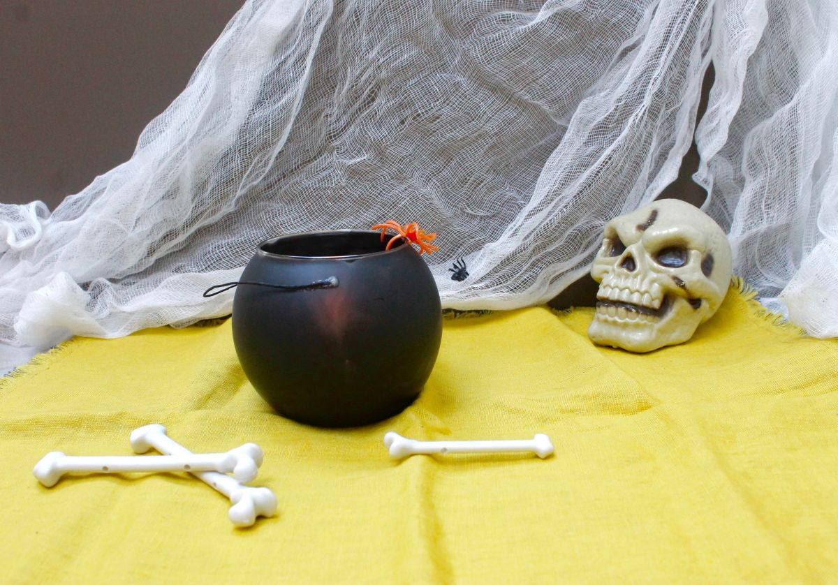 How to make the Cauldron candle