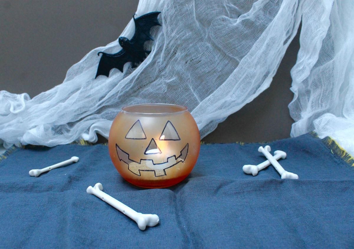 How to make the Jack-O-Lantern candle for Halloween