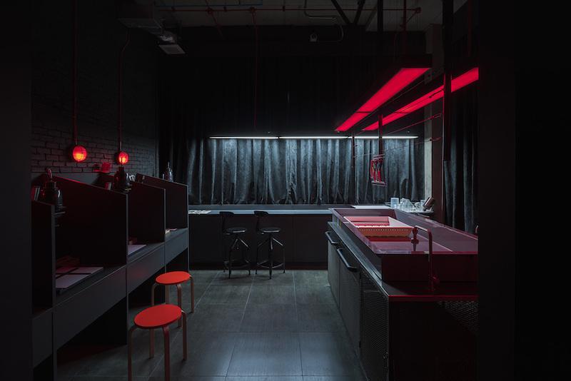 Hubba Thailand dark room decor