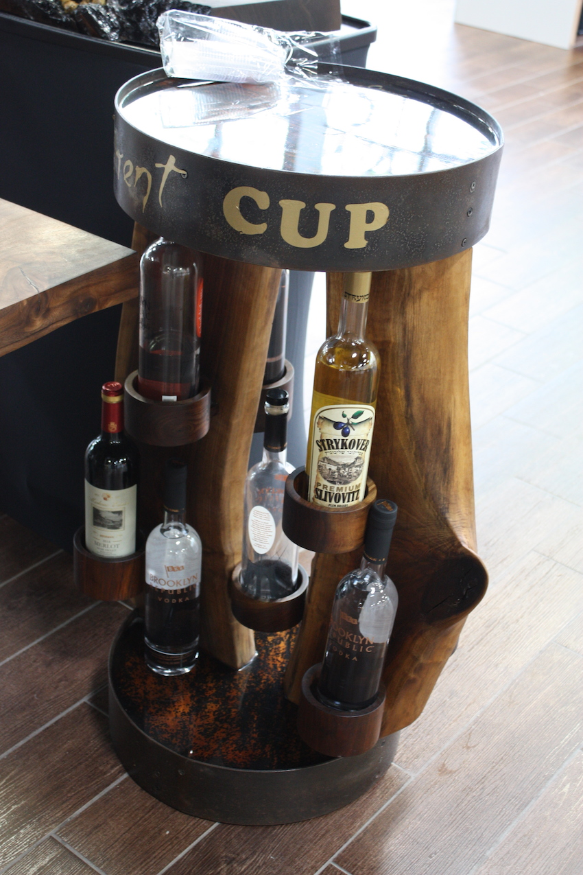 Industrial small wine rack