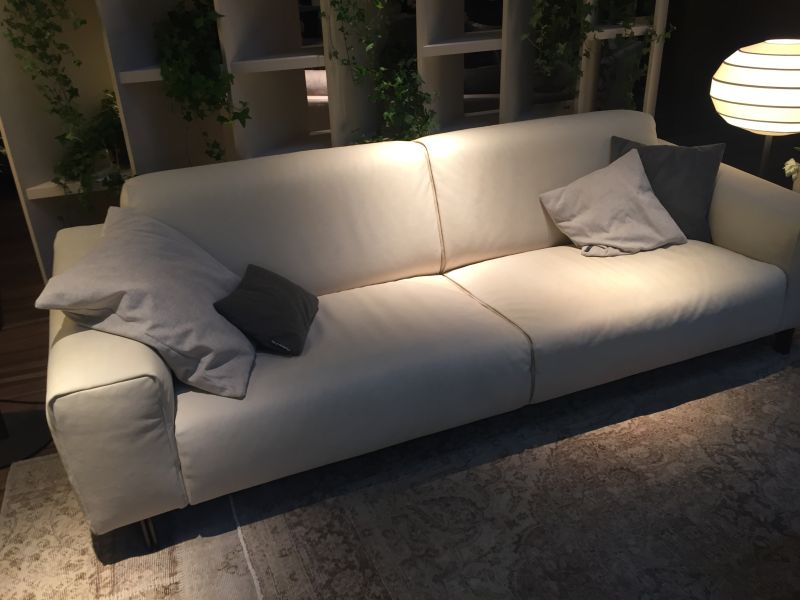 Ligh grey leather sofa design