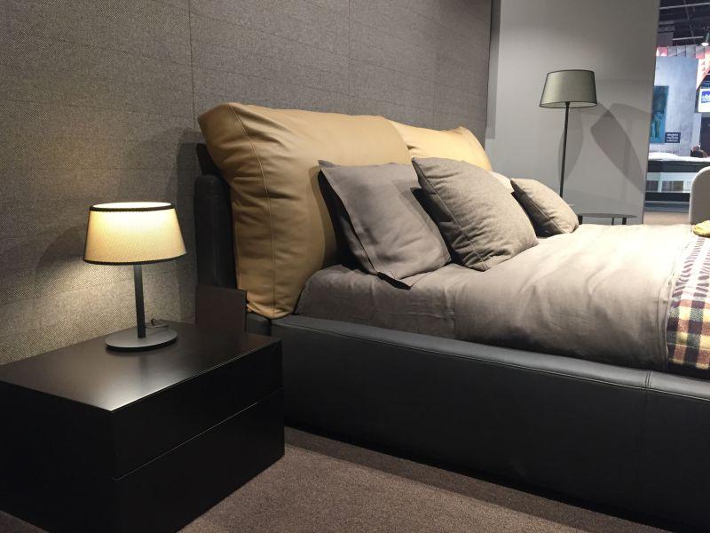 Minimalist nightstand furniture