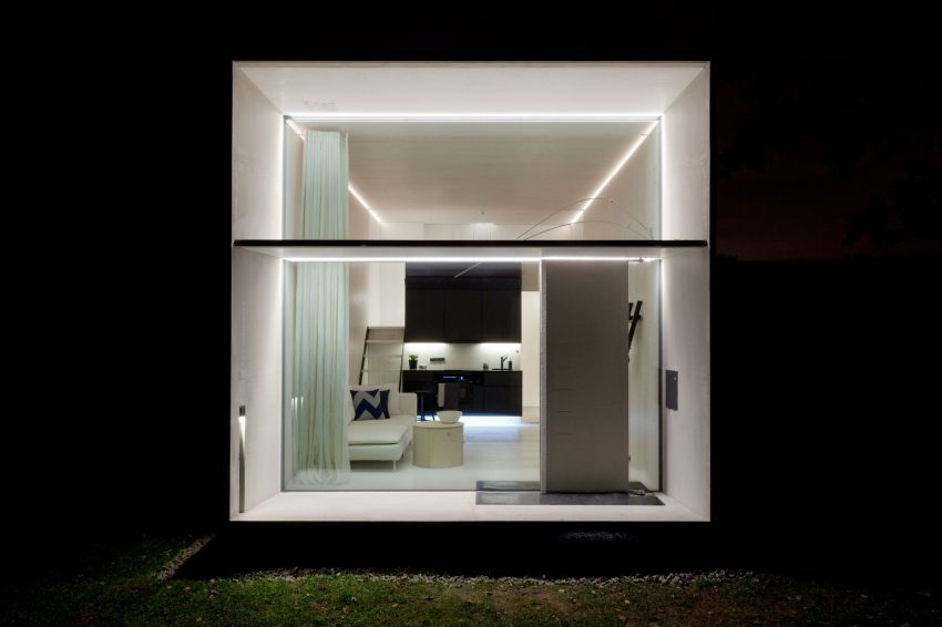 Movable Pre-Fab Mini House Prototype Interior