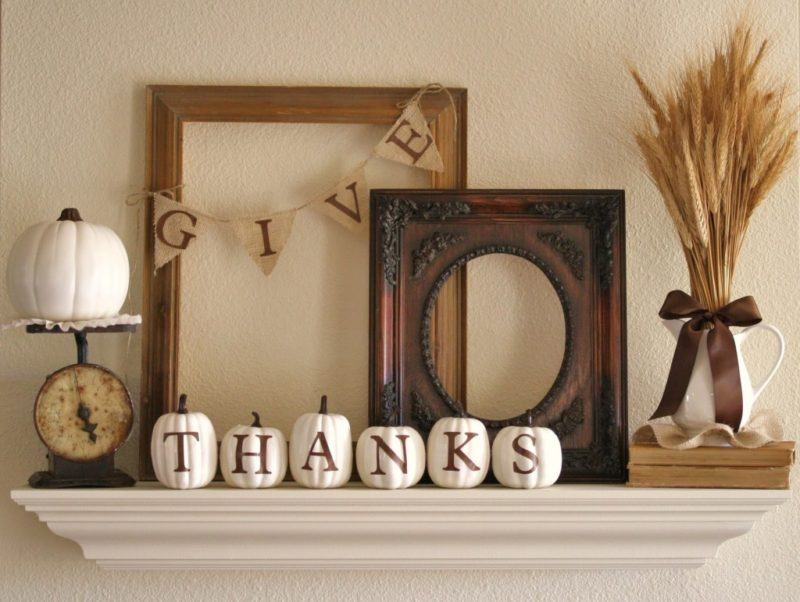12 Ways to Decorate a Thanksgiving Mantel You'll Be Thankful For