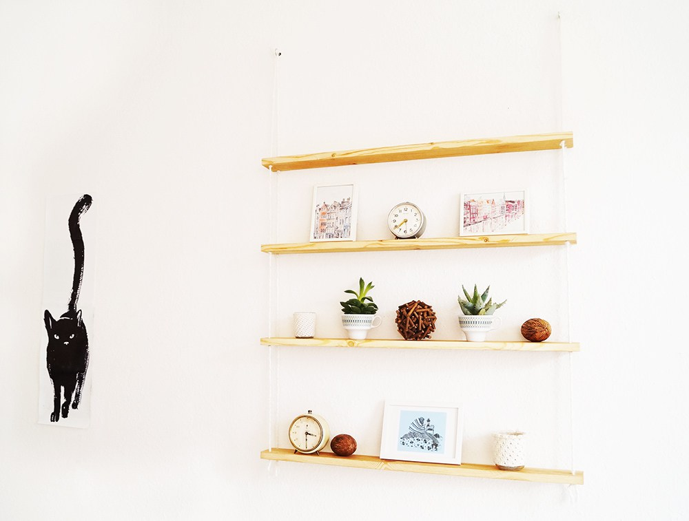 Rope hanging wall shelf