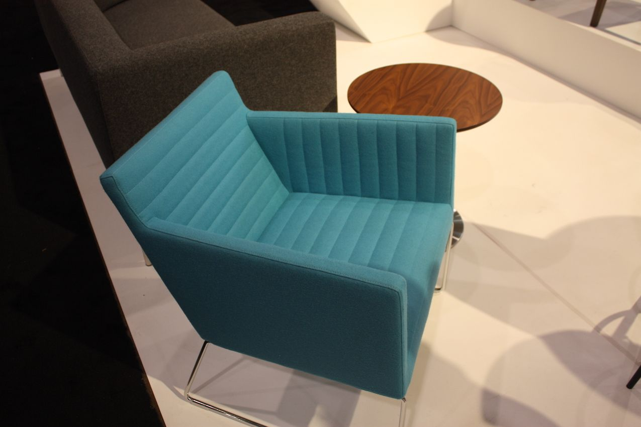 Aqua Color  Its Diverse Faces and Uses in Home Dcor