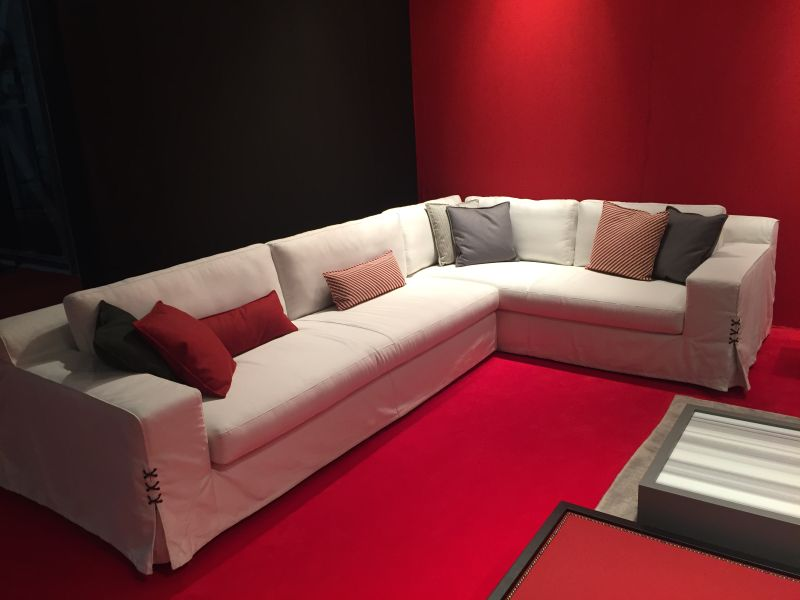 Stationary sectional sofa design