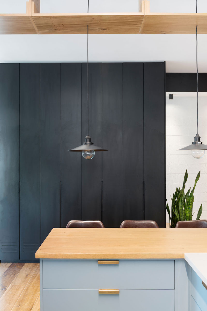 Tel Aviv apartment kitchen pendant