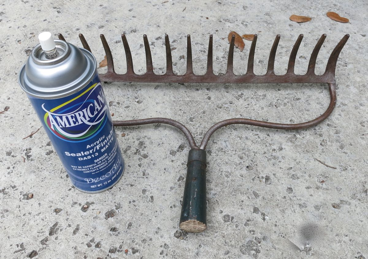 Turn a Rake into a Wine Glass Holder - Spray Paint