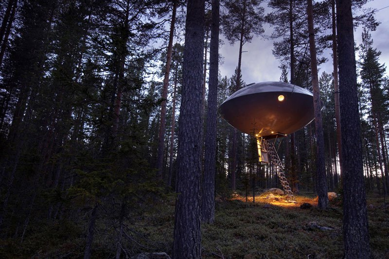 Ufo Room part from TreeHotel