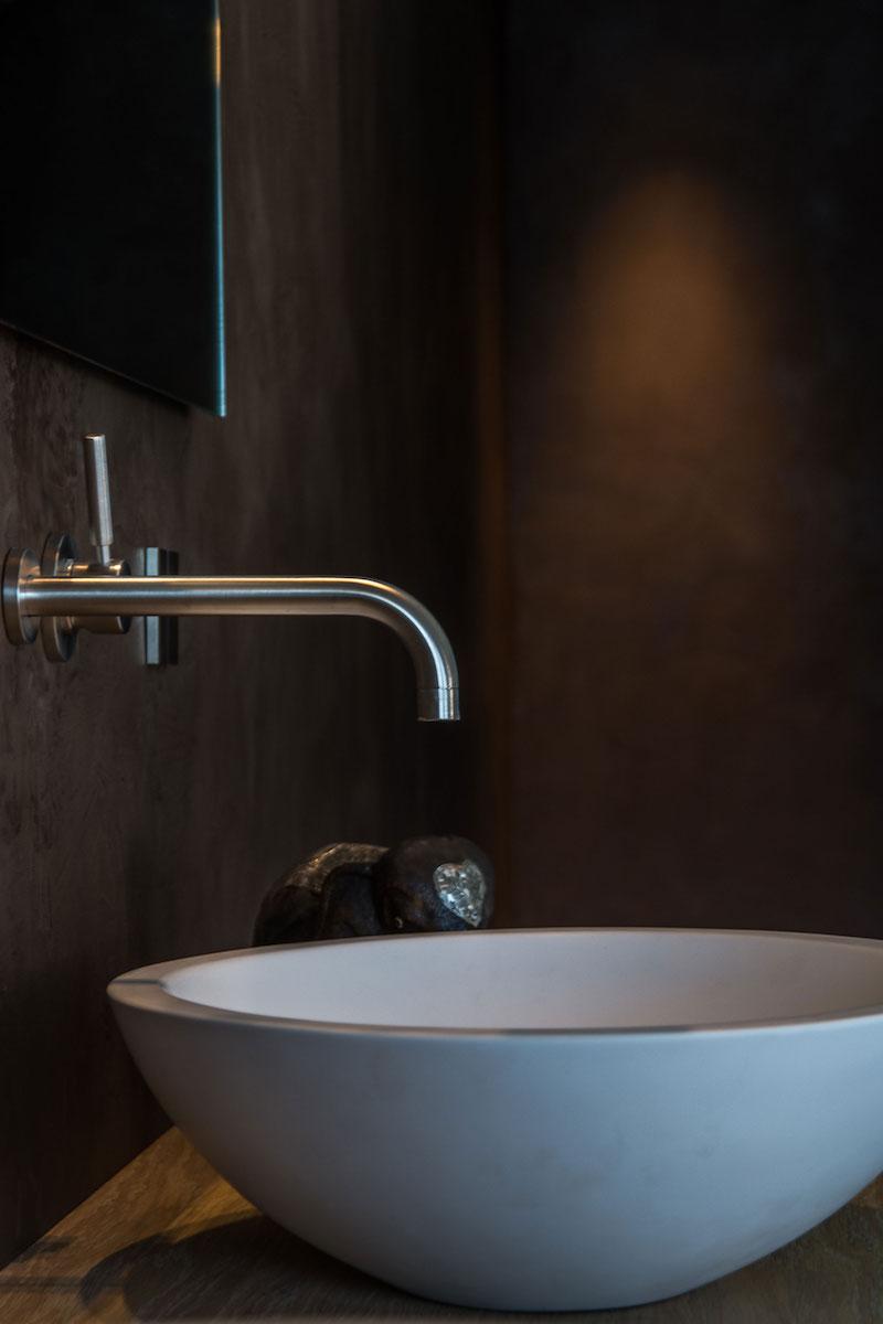 Villa Hindeloopen bathroom washbasin
