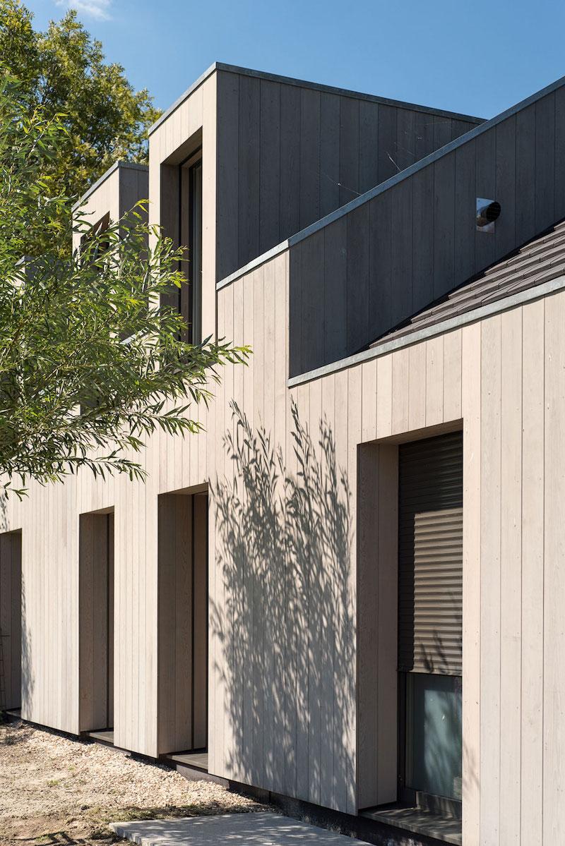 Villa Hindeloopen window shutters