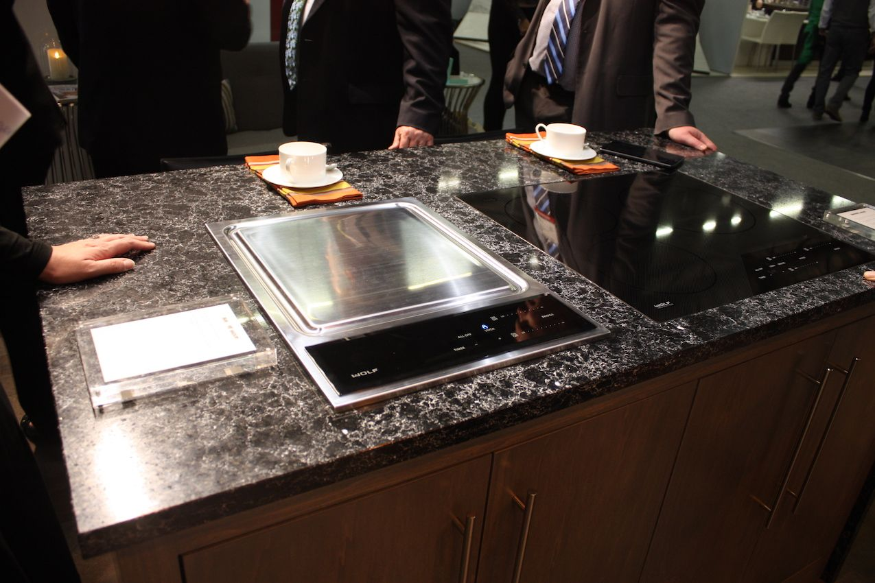 Teppanyaki is a fun and entertaining way to cook and Viking lets you do it at home.
