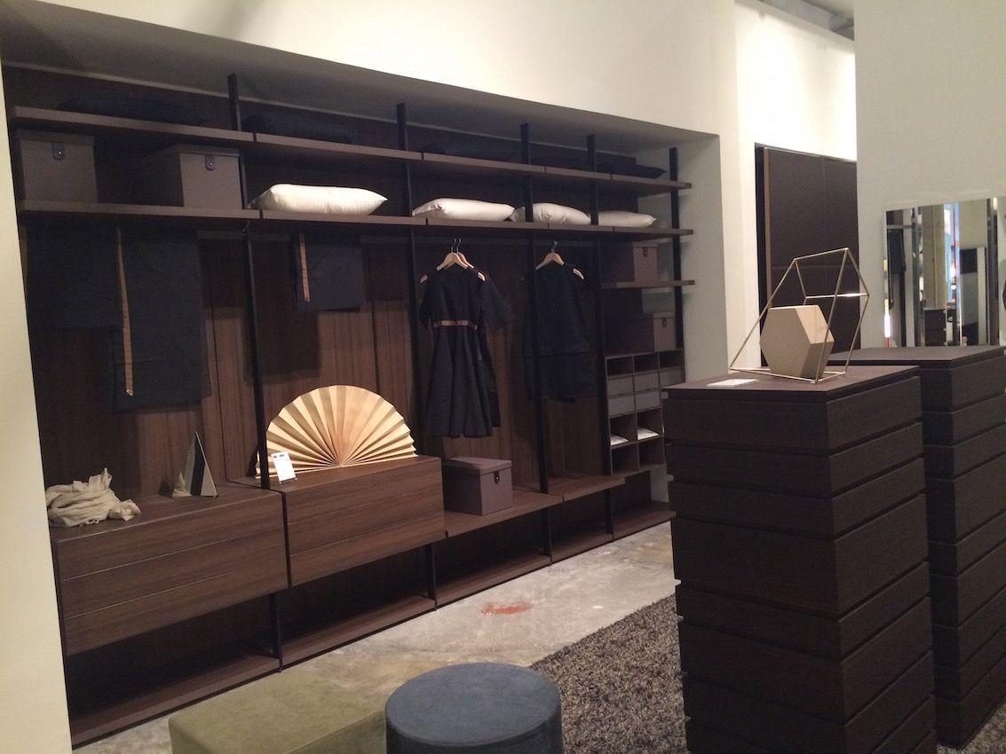 4141 Design Closet