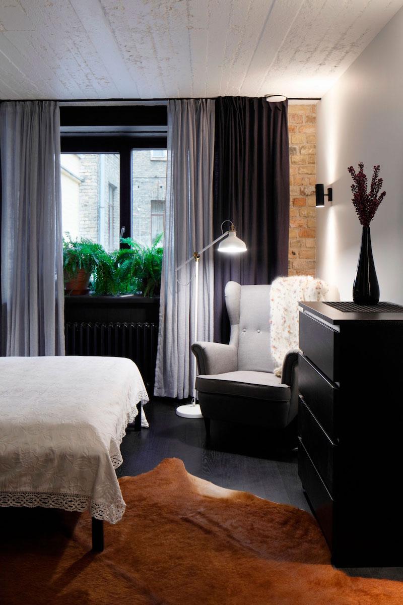 Apartment UV bedroom reading corner