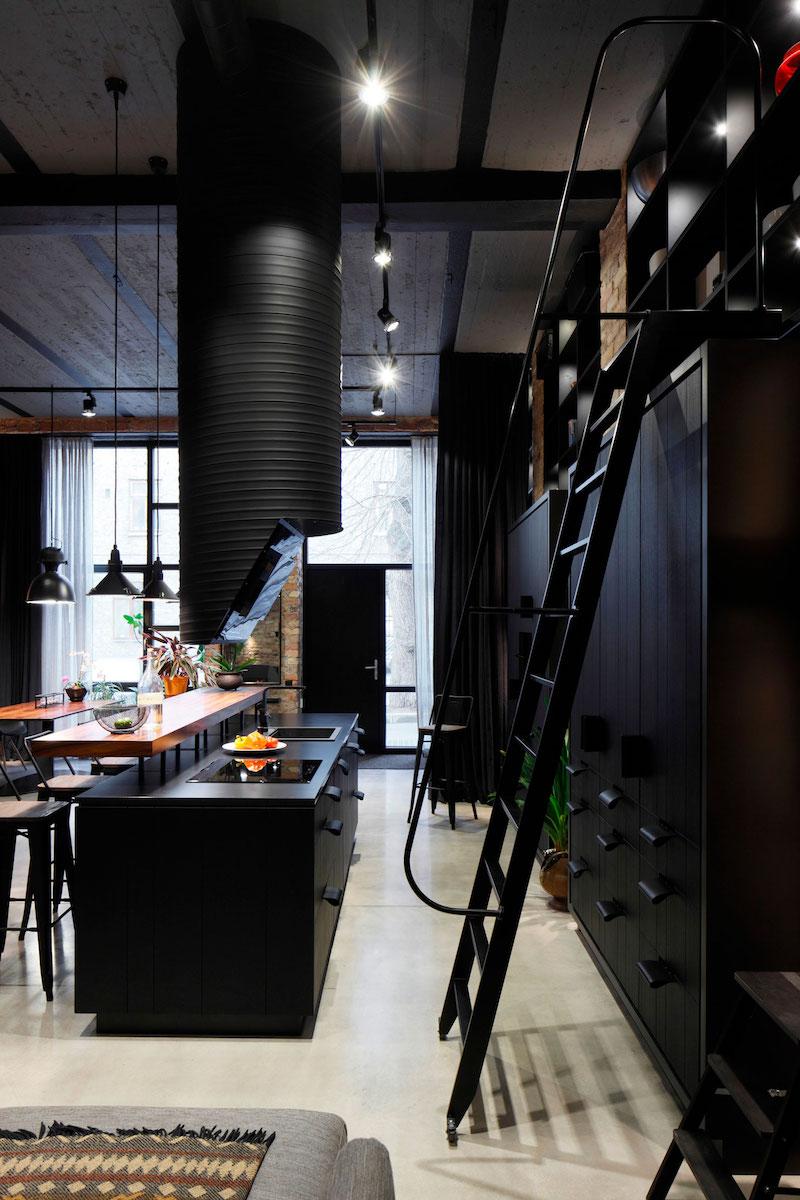 Apartment UV kitchen island and ladder