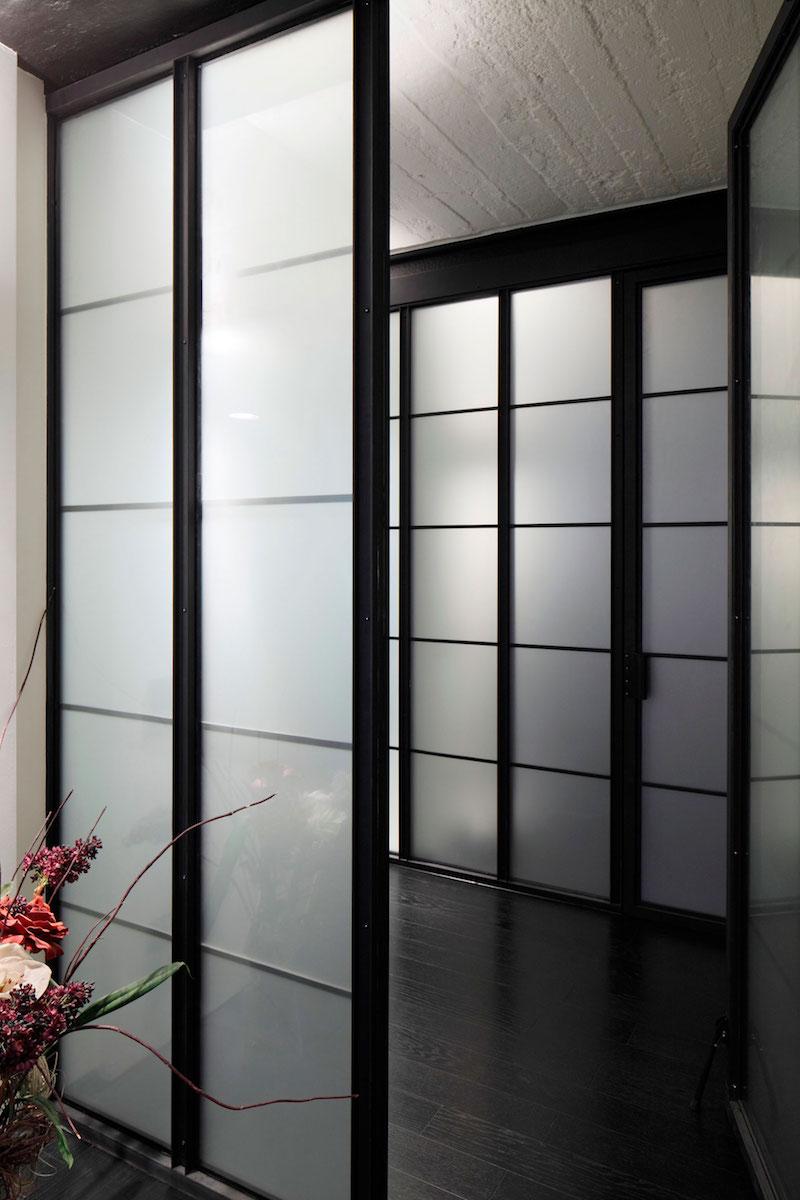 Apartment UV shoji screens